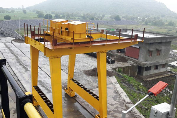 Jib Crane Manufacturers In Ahmedabad : Gantry crane lift irrigation equipment rope drum hoist